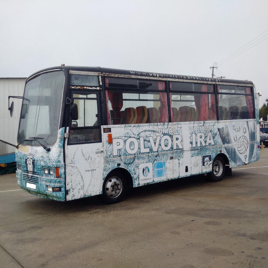 c2a21093328552 Left hand drive Nissan 70 6D 4.0 diesel 29 seats mini bus.