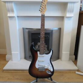 Stagg S300-SB S Standard Electric Guitar £80