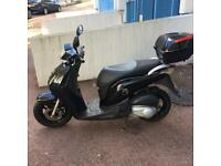 Honda Ps 125i LOW Mileage 1 Year MOT ( Not SH, Dylan, Pcx, Gilera Runner)