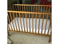 Baby cot excellent condition