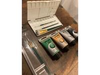 Acrylic paint set & Royal & Langnickel Two brush set