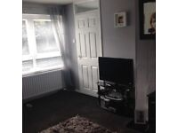 3 bedroom house with seperate dining room and garden