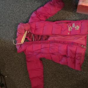 Girls- mountain hardware down jacket
