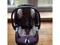Mamas and Papas Primo Viaggio ISOFIX Base & car seat.
