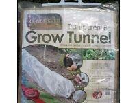 Transparent PE Grow Tunnel Kingfisher Polythene Gardening Tunnel