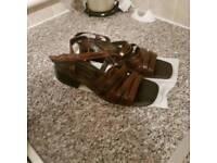 Ladies brown strappy sandles