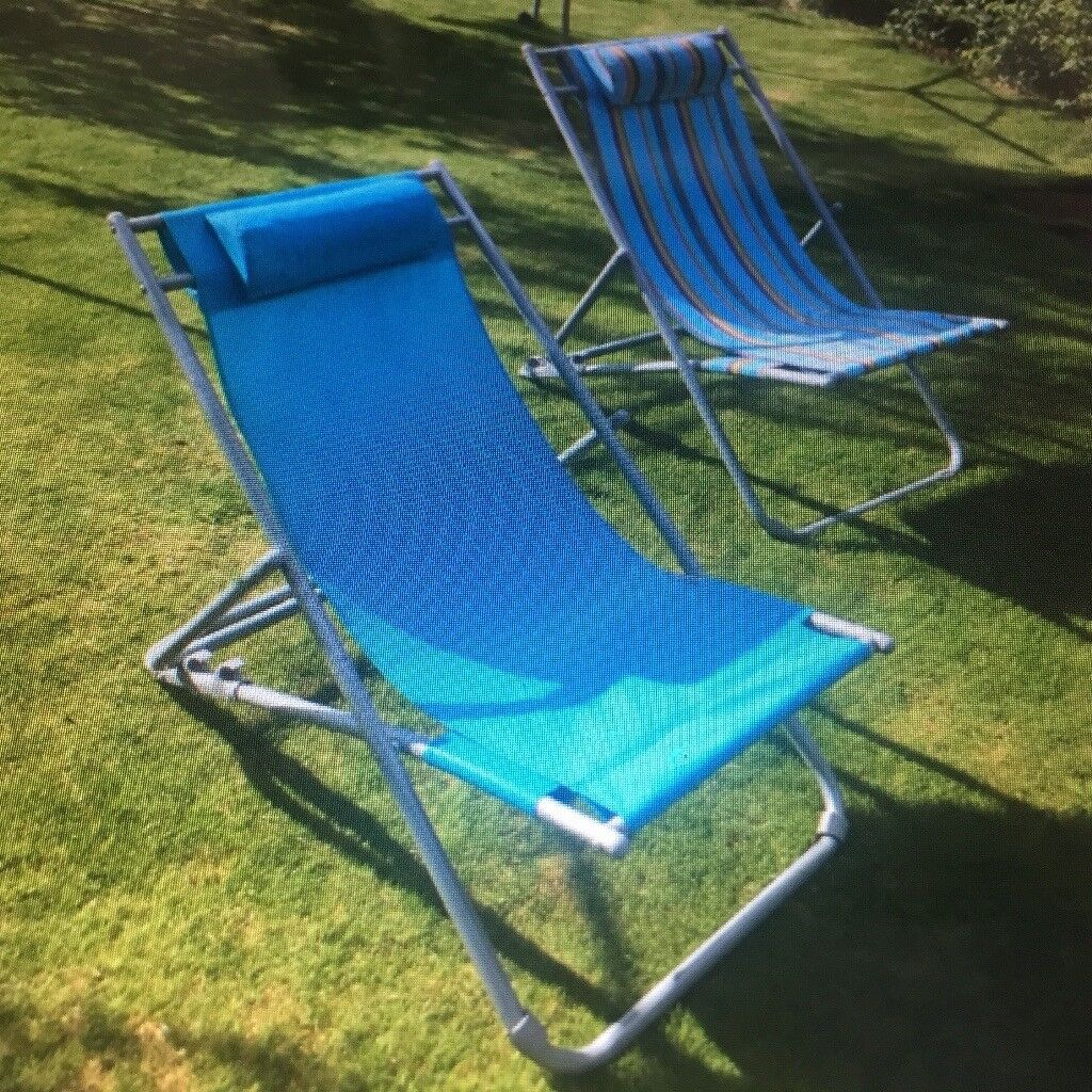 Pleasant Two Blue Garden Reclining Deck Chairs Both In Good Condition Will Only Sell Them Together In Sutton In Ashfield Nottinghamshire Gumtree Dailytribune Chair Design For Home Dailytribuneorg