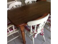 Solid Oak Table and six chairs in good condition