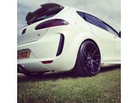 """Zito gloss black 18"""" alloy wheels"""