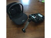 Silver simplicity black car seat and Isofix base