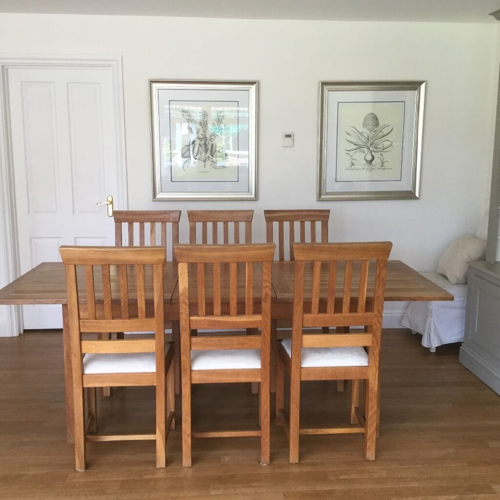 Laura Ashley Milton Oak Extending Dining Table And 6 Chairs