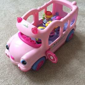 Fisher Price Little People Musical and Talking Play Bus with Figures.