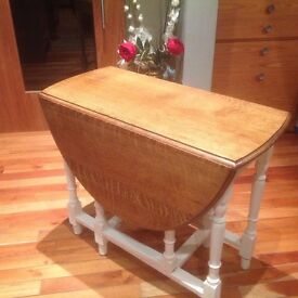 Up cycled gate leg table
