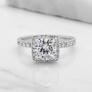 DIAMOND ENGAGEMENT RING WITH A 1.00 CARAT CENTER / BAGUE DE FIANCAILLE AVEC DIAMANT DE 1.00 CARAT