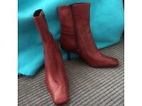 Ladies Rust Brown Narrow Leather Ankle Boots, Nine West, Size 6