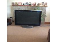 Panasonic (TX-P42V10B) Widescreen TV