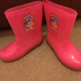 My little pony light up wellies size 1! Worn once!