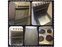 Electric Indesit Cooker