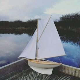 Vintage Gaff Cutter Model Sailing Boat / Pond Yacht - Haycroft Pond Yachts, Devon.