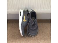 Kids Nike Trainers UK4