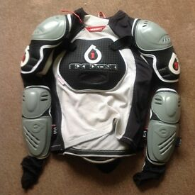 661 pro Dh body armour