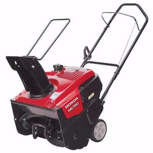 2017 Honda HS720C Snowblower - be ready for winter - Awesome price !!