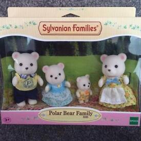 *NEW* Sylvanian Families Polar Bear Family