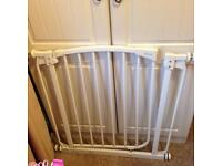 Dream baby gate for 71-82cm