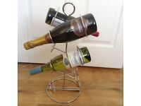 Chrome Six Bottle Wine Rack - excellent condition - as new (wine bottles not included!)