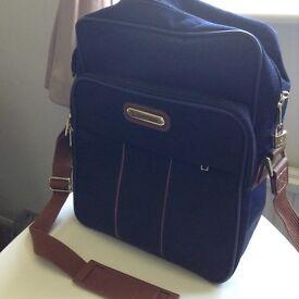 Samsonite Hand/shoulder bag, unused.
