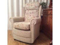 Armchair, very good condition, quick sale required