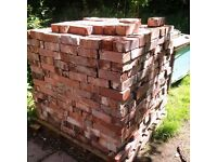 reclaimed traditional bricks pallet