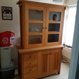 Sold oak unit