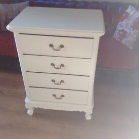 Lovely French style painted chest of drawers