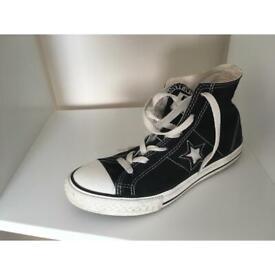 Junior converse boots