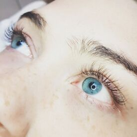 £25 limited offer - Classic Eyelash Extensions