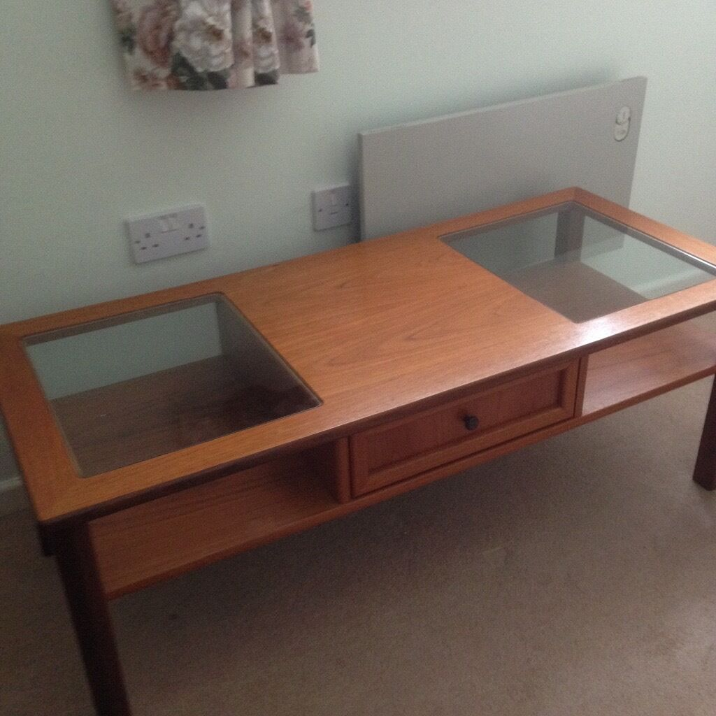 Coffee Tablein Exeter, DevonGumtree - Coffee Table Selling due to house clearance L 122 cm W 53 cm H 44 cm