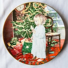 Limited Edition Coalport: Christmas Angel Plate (from Children at Christmas series)
