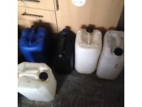 Plastic drums/canisters x5 used
