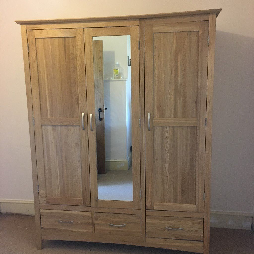 solid oak wardrobe offers accepted in radstock somerset. Black Bedroom Furniture Sets. Home Design Ideas