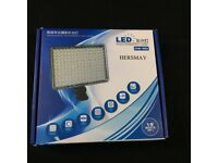 BNIB 160 White LED Photography Lamp with Coloured Filters