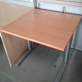 Beech single workstation desk