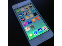 iPod Touch 5th Generation / Blue / 64Gb