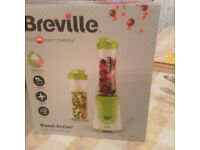 Brevile Blend-Active smoothie and shakes maker. Green with 2 X 600ml bottles. Brand new still in box