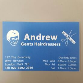 Barber male/female in West Hendon ,minim 1 year experience,02082022366