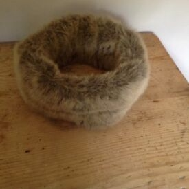 Lovely False Fur Band hat