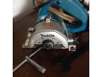 Makita Wet Dry Tile Cutter