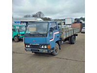 Left hand drive Mitsubishi Canter FE331 3.3 diesel 6 tyres 3.5 Ton truck