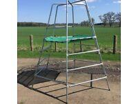 TP EXPLORER METAl CHILD,S CLIMBING FRAME