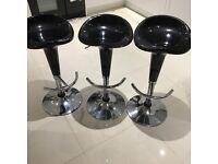 3 x black/chrome bar stools- excellent condition!